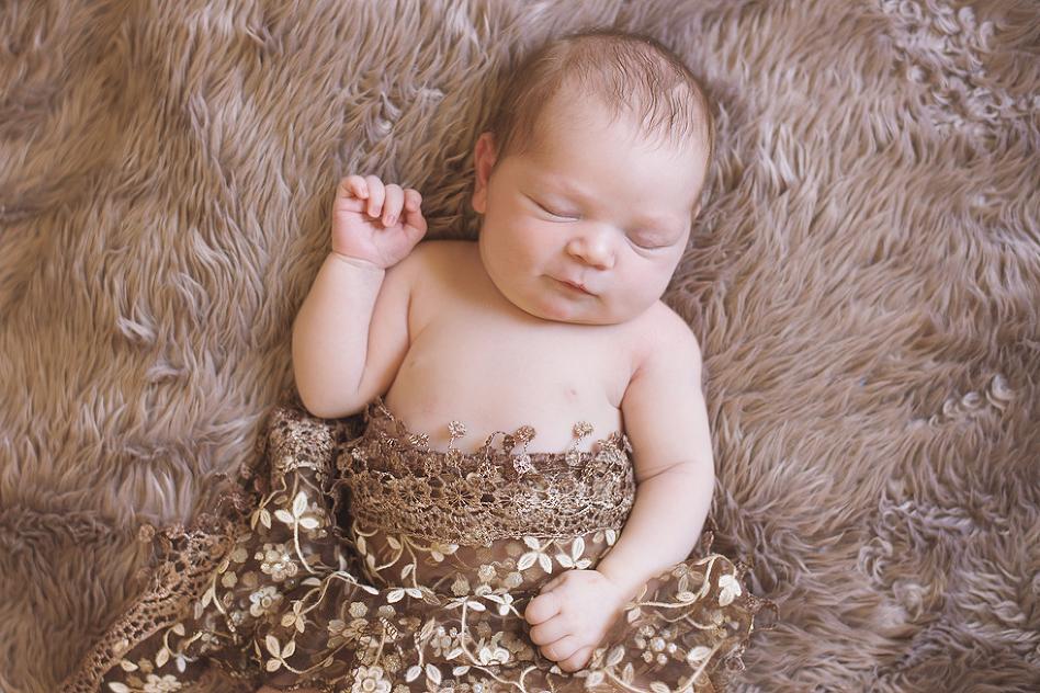 tiffany kelly suwanee newborn photographer